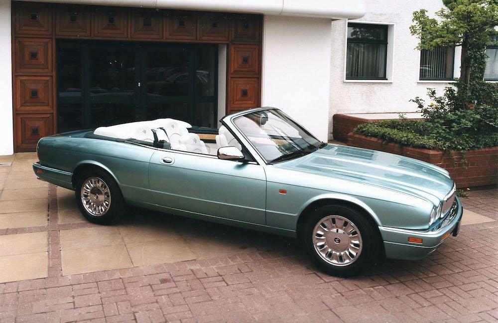 Mike Brewer Motoring - Jaguar Daimler Exhibition