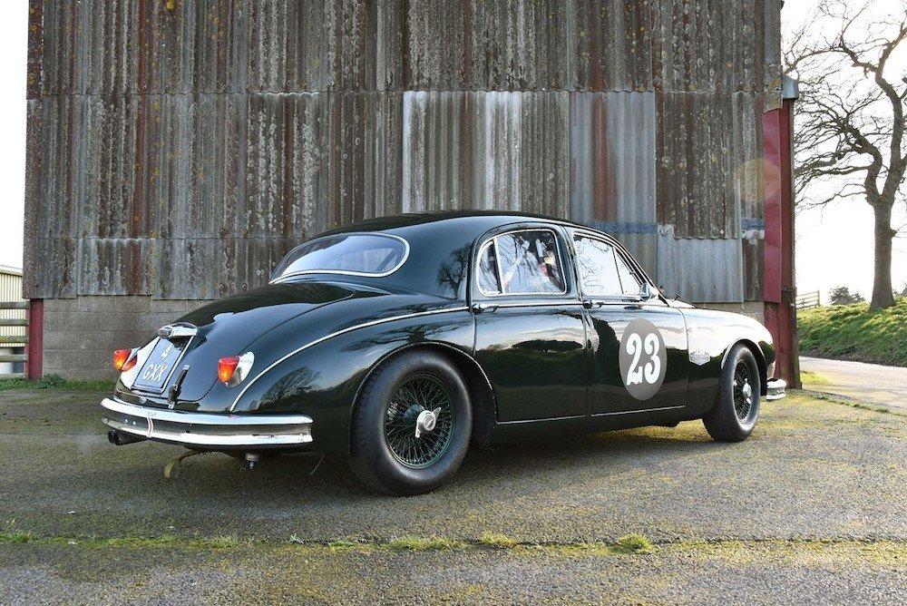 Mike Brewer Motoring - Jaguar Mk1 racer at DM Historics