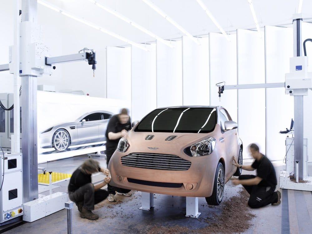Mike Brewer Motoring - Aston Martin Cygent