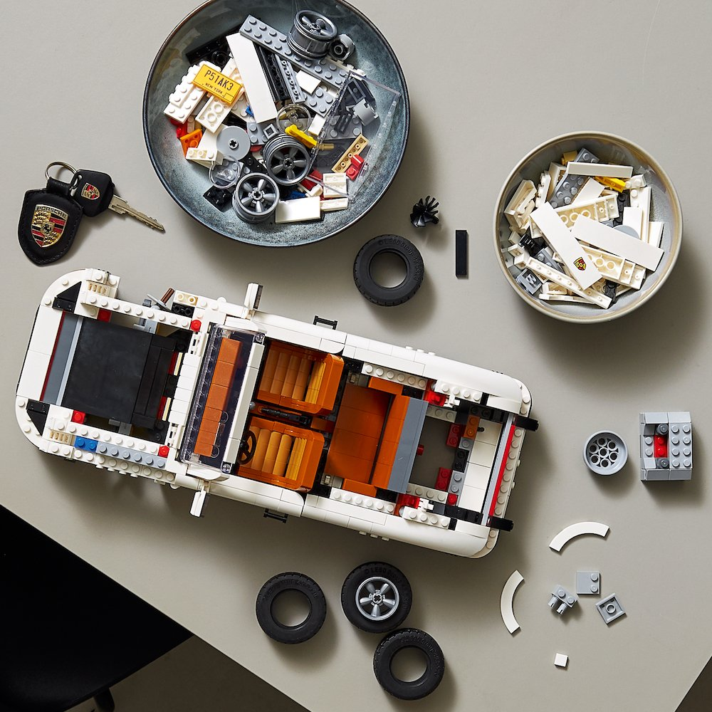 Mike Brewer Motoring - LEGO Porsche 911 Turbo and Targa