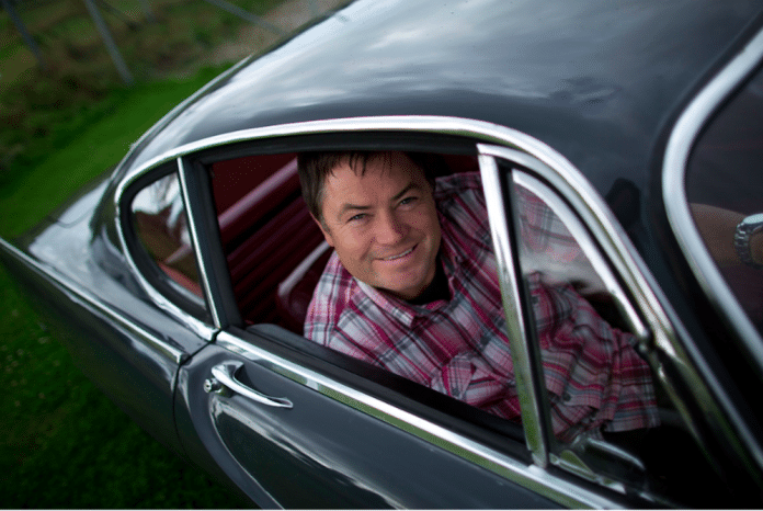 Mike Brewer Motoring - Buying a classic car