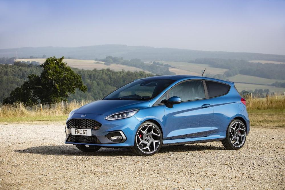 Mike Brewer Motoring - Ford Fiesta ST wins Used Car Awards