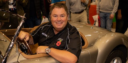 Mike Brewer Motoring - Keeping your car clean keeps the value