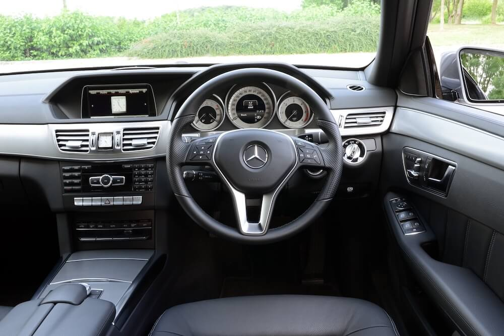 Mike Brewer Motoring - Mercedes E-Class
