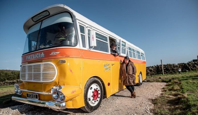 Mike Brewer Motoring - Johnny Vegas Carry on Glamping
