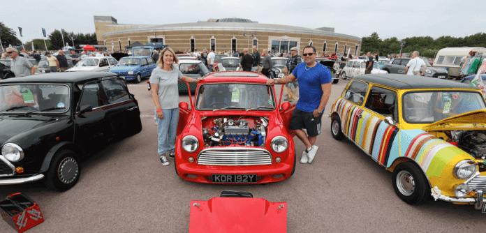 Mike Brewer Motoring - National Metro & Mini Day