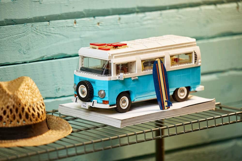 LEGO Volkswagen T2 Camper Van Set.