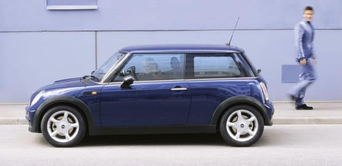 MINI One on Mike Brewer Motoring